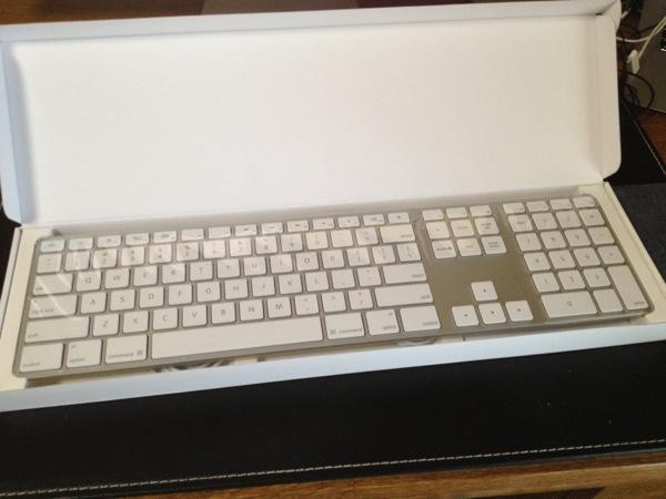 Apple keyboard 20120926 3