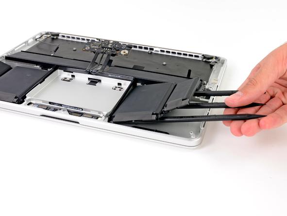 Macbookpro rd 13 teardown 20121026 10